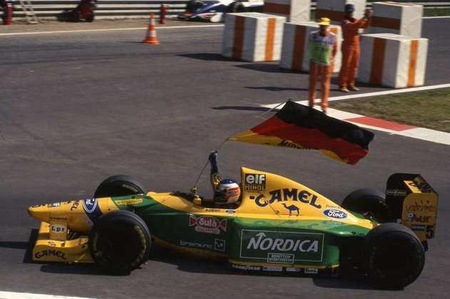 Michael Schumacher conquistou a segunda vitória da carreira na edição de 1993 do GP de Portugal, guiando a Benetton