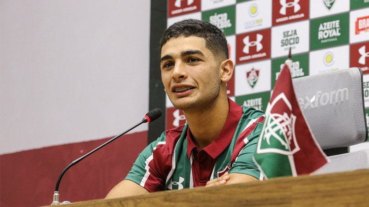 Michel Araújo - Fluminense - 23 anos - meia - uruguaio
