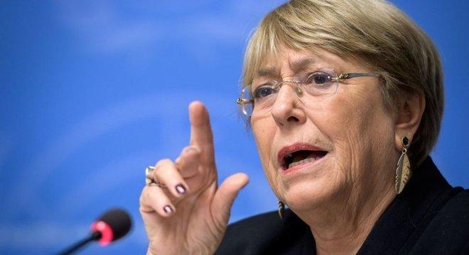 Os governos de Piñera e Bachelet (foto) geraram expectativas que agravaram o descontentamento, segundo especialistas