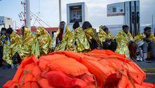 Reino Unido quer devolver à França embarcações com migrantes ilegais