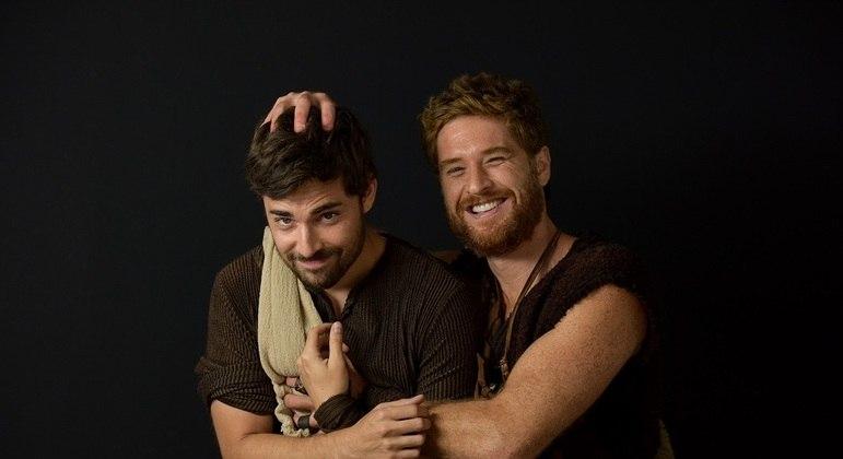 Miguel Coelho e Cirilo Luna estarão na sexta fase de Gênesis - Jacó. Miguel  viverá o personagem que dá nome à fase. Já Cirilo, fará seu irmão gêmeo, Esaú.