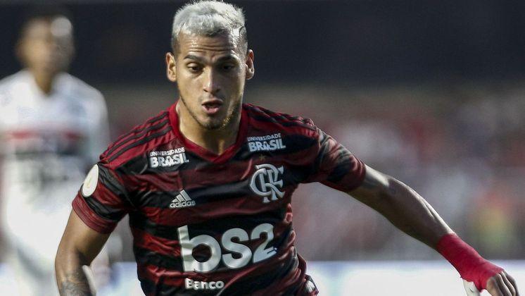Miguel Trauco, lateral-esquerdo ex-Flamengo, hoje no Saint-Etiénne, da França