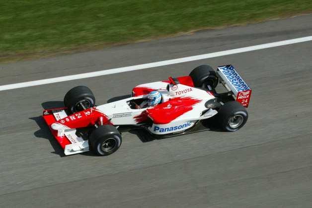 Mika Salo passou pela F1 entre 1994 e 2002, passando por times como Ferrari e Sauber. Na CART, fez quatro corridas em 2003 e conseguiu pódio na etapa de Miami