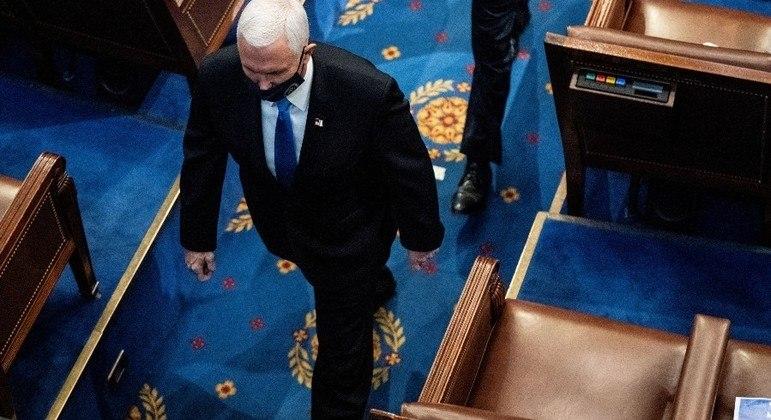 Mike Pence afirmou que envolvidos em ataque ao Capitólio serão processados