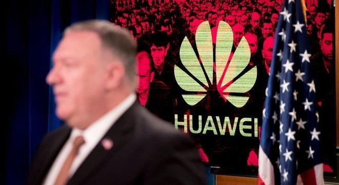 Mike Pompeo, secretário de Estado do governo Trump, tentou atrair outros países para a queda de braço entre EUA e China por meio da empresa Huawei