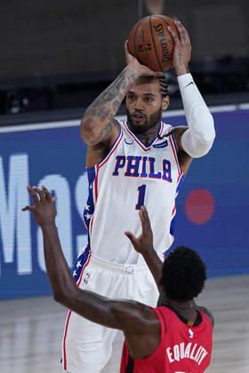 Mike Scott (Philadelphia 76ers) 4,0 - Ótima opção durante os jogos da bolha, Scott praticamente não produziu nos dois minutos em que esteve em quadra