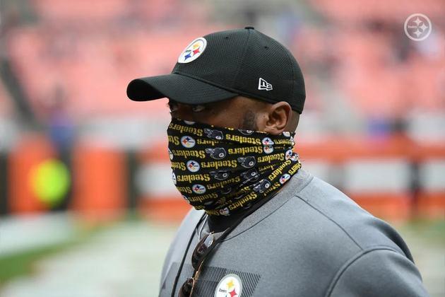 Mike Tomlin (Pittsburgh Steelers): Bastou ter Big Ben saudável, se livrar dos problemas nos vestiários que cercavam as outras peças do ataque e Tomlin fez os Steelers decolarem. Com 12 vitórias, os Steelers chegam aos playoffs como candidatos ao título, muito graças a seu treinador.