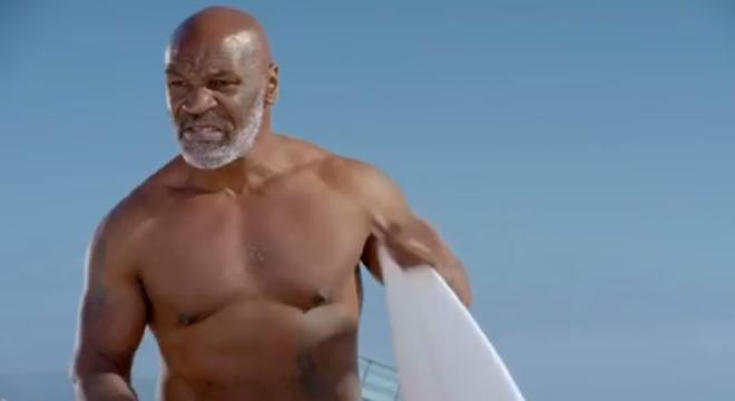 Aos 54 anos, Mike Tyson está bastante em forma