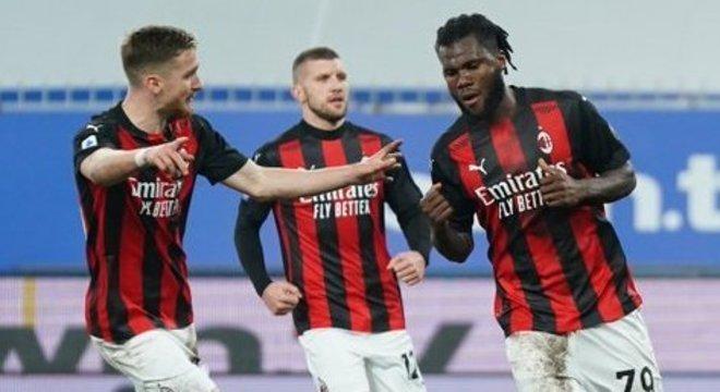 Kessie comemora o primeiro gol da vitória, Samp 1 X 2 Milan