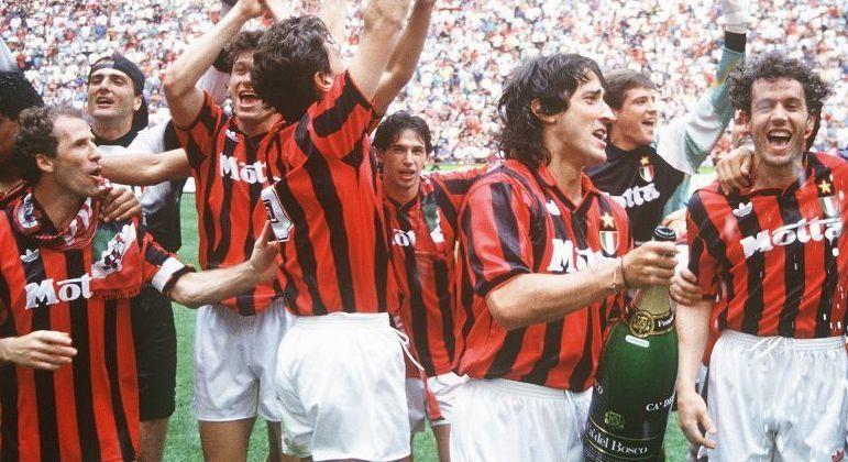 Baresi, Albertini, De Napoli e Donadoni, no Milan de 1992/93