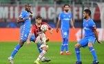 Milan 1x2 Atlético de MadriO Milan perdeu para o Atlético de Madri por 2 a 1 no San Siro pela segunda rodada do Grupo B. A equipe italiana controlou todo o primeiro tempo e abriu o placar com Rafael Leão