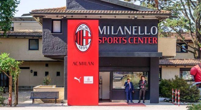 O retiro do Milan, em MIlanello