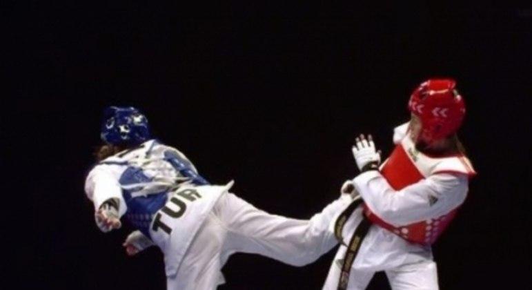 Milena Titoneli ficou com o bronze no Mundial de Taekwondo