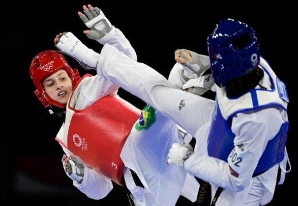 Milena Titoneli se despediu da Olimpíada de Tóquio com um grande desempenho no taekwondo. A brasileira chegou na disputa pela medalha de bronze, mas foi derrotada pela marfinense Ruth Gbagbi por 12 a 8, pela categoria até 67kg.