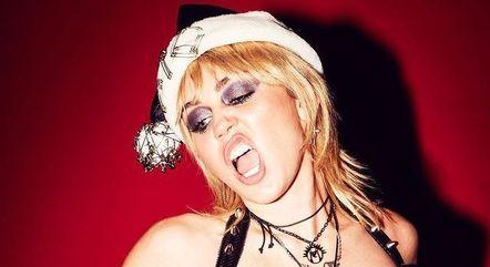 Miley Cyrus brincou ao falar de solteirice