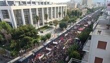 Líderes de partido de extrema-direita são condenados na Grécia