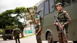 Projeto da reforma dos militares é insignificante, dizem economistas (Ueslei Marcelino/Reuters)