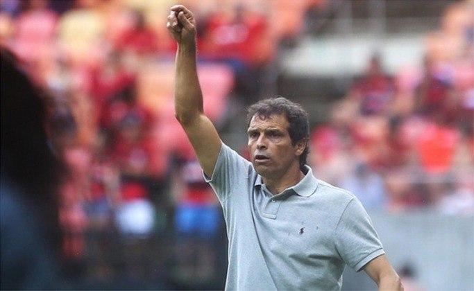 Milton Cruz (2009) - Voltou a ser interino do São Paulo após a saída de Muricy Ramalho.