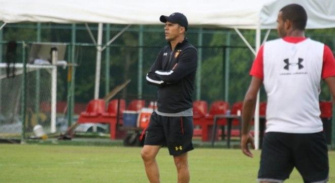 Milton Mendes teve no Vasco a grande oportunidade da carreira. Passou por outros times como Santa Cruz e Athletico e esteve no Sport até o início de dezembro do ano passado.