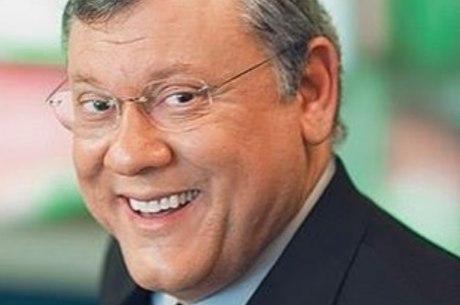 Milton Neves foi diagnosticado com duas pedras nos rins