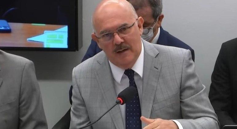 Milton Ribeiro participa de audiência pública na Câmara para esclarecer denúncia de fraude no Enade
