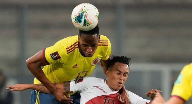A testada de Yerry Mina e o empate da Colômbia, 1 X 1