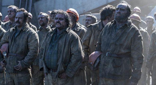 Cerca de 400 mineiros foram chamados para cavar um tunel próximo ao reator