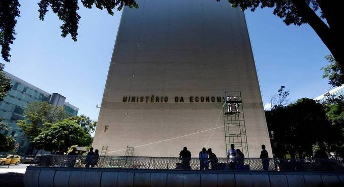 Bolsonaro vetou R$ 19,8 bi em relação ao Orçamento do Congresso