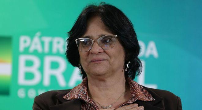 Na foto, a ministra da Mulher, da Família e dos Direitos Humanos, Damares Alves