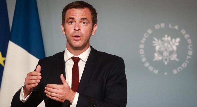 Ministro da Saúde, Olivier Véran, anunciou um aumento de salários na saúde