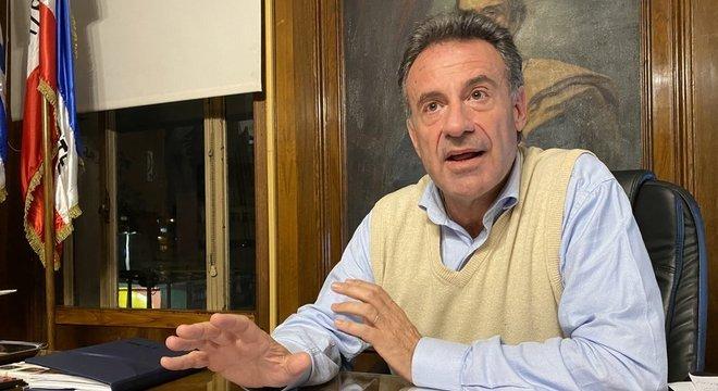 Daniel Salinas, diz que vigilância e testes foram intensificados em idosos e trabalhadores de asilo, foco de coronavírus em vários país do mundo