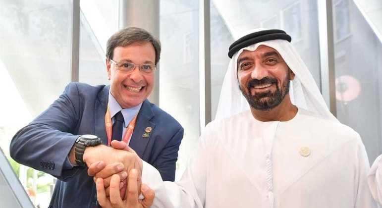 Ministro do Turismo com CEO da Emirates em Dubai