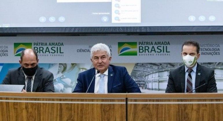O ministro Marcos Pontes durante coletiva sobre a Sputnik V