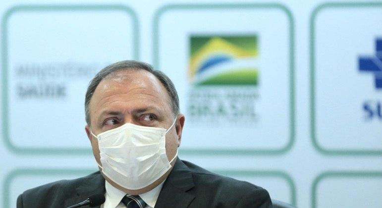 Pazuello também admitiu que Bolsonaro já avalia sua troca no comando do Ministério