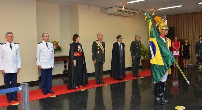 Maria Elizabeth é a única mulher integrante do Superior Tribunal Militar. Segundo a ministra, o caso dos nove militares é 'grave' o suficiente para jusitifcar a prisão dos nove militares