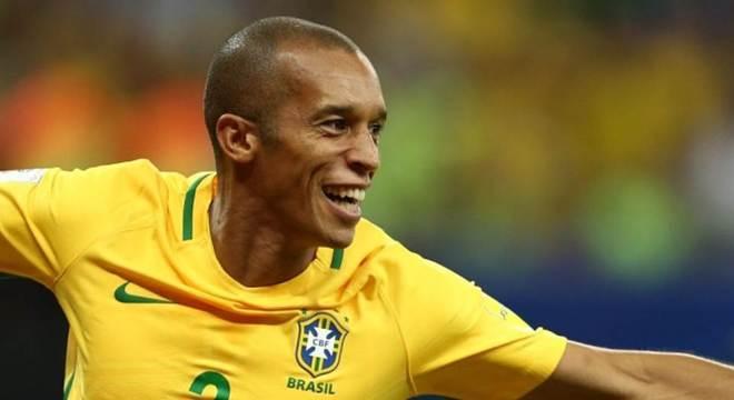 1fceab3458 Mais de R  100 milhões em reforços. Flamengo é o novo rico do Brasil ...