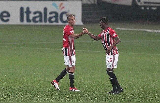 Miranda - 1 gol: capitão do São Paulo, marcou no empate por 2 a 2 contra o Corinthians, em Itaquera.