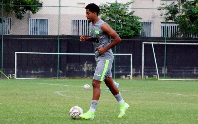 Miranda é um dos principais zagueiros da base vascaína. O jovem de já integra o elenco principal do Vasco e é o dono da defesa do time sub-20. Capitão e batedor de pênaltis, é visto como uma das grandes joias da Colina para o futuro próximo. Tem contrato até 2022.