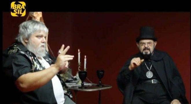 O Estranho Mundo de Zé do Caixão: relembre entrevistas icônicas do programa de TV