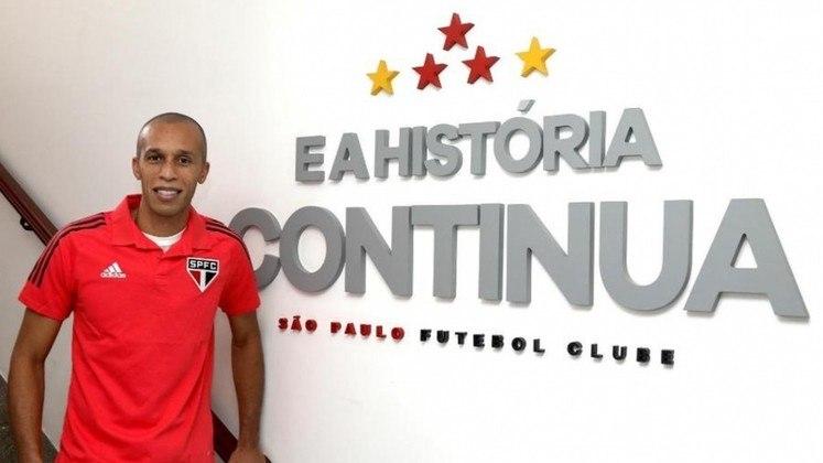 Miranda - Zagueiro - São Paulo - Estreia na Seleção Brasileira: 02/04/2009 - Clubes na Europa: FC Sochaux, Atlético de Madri e Inter de Milão