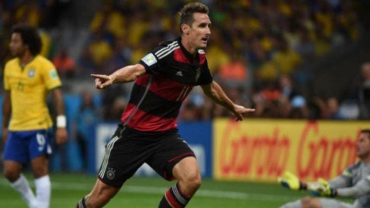 Miroslav Klose: 71 gols em 137 jogos pela seleção da Alemanha.