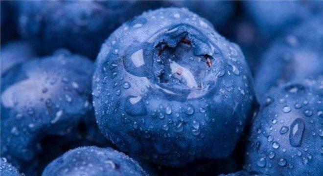 Poluentes também podem ser ingeridos por meio de alimentos contaminados