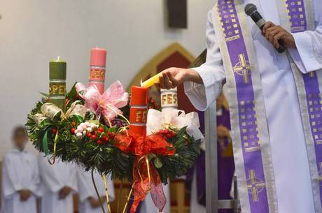 Menos assíduos questionam mais abandono a igreja