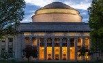 7) A MIT (Massachusetts Institute of Technology) é referencia em tecnologia. É possível encontrar na página da universidade conteúdos disponibilizados em português. Para alguns cursos não é disponibilizado certificação. Confira a relação completa dos cursos disponíveis e faça sua inscrição*Estagiário sob supervisão de Karla Dunder