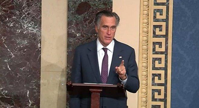 Senador Mitt Romney se opôs a Trump durante praticamente todo seu mandato como presidente