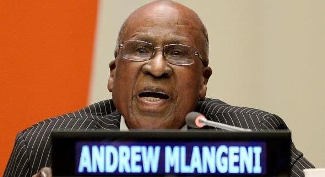 Mlangeni foi companheiro de prisão de Nelson Mandela