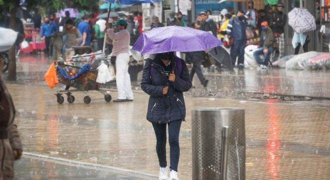 O fenômeno La Niña já trouxe fortes chuvas para algumas regiões e provavelmente deixará o clima global um pouco mais frio em 2021