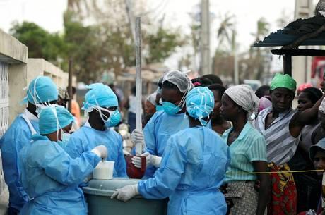 pelo menos 517 pessoas foram diagnosticadas com cólera