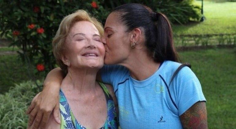 Nora de Glória Menezes se declara à atriz: 'Sogras que são mães'