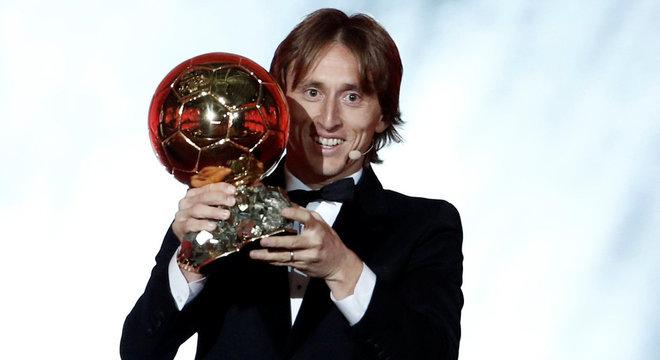 Luka Modric conquistou a Bola de Ouro 2018 da revista France Football